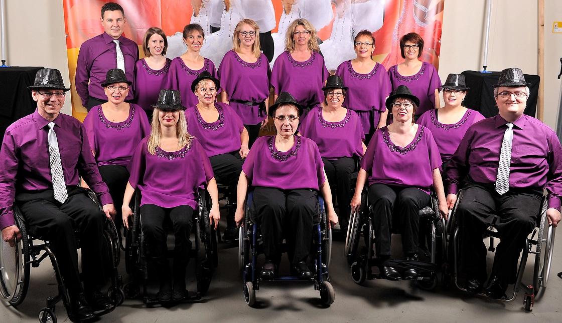 Gruppenbild Rollstuhltanzformation 1. TC Ludwigsburg