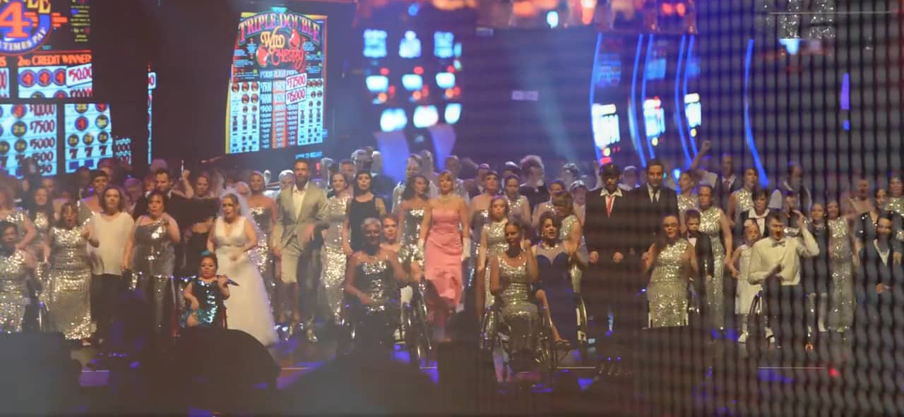Grand Hotel Vegas: Erfolgreich auf der Bühne und bei Facebook